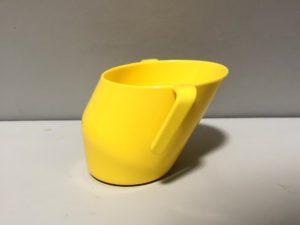 ドイディーカップ ななめのコップ コップ飲み 練習